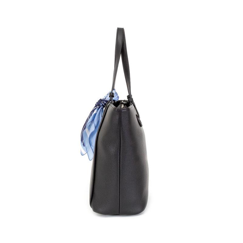 Bolsa-Tote-con-Mascada-de-Rayas-en-Color-Negro-|-Cloe