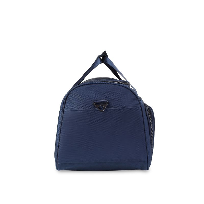 Duffle-Bag-Detalles-Metalicos-en-Color-Marino-|-Cloe