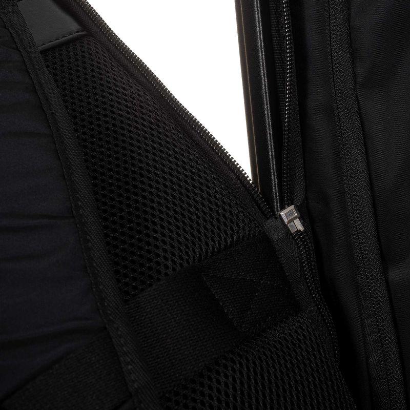 Maleta-con-Mochila-Porta-Laptop-en-Color-Negro-|-Cloe