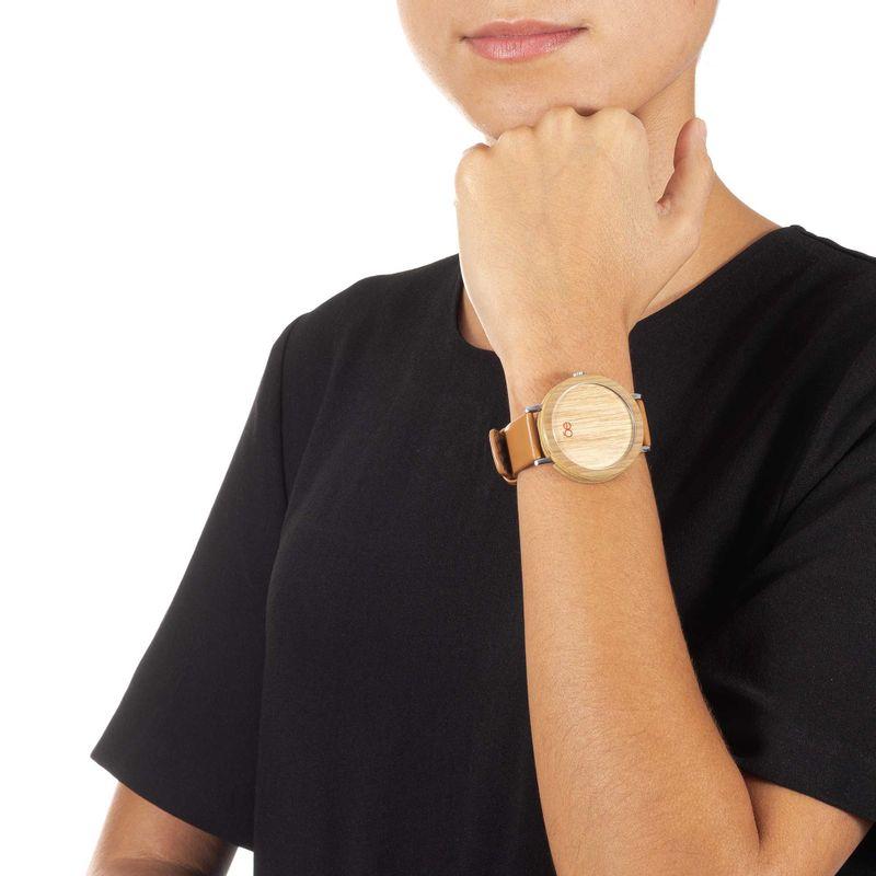 Reloj-Madera-y-Piel-en-Color-Camel-|-Cloe