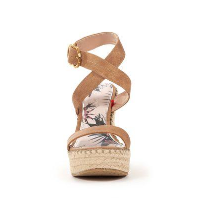 Sandalia Plataforma Yute y Straps Cruzados en Color Camel
