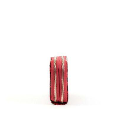 Cartera Cierre Doble con Acabado de Vipera en Color Rojo