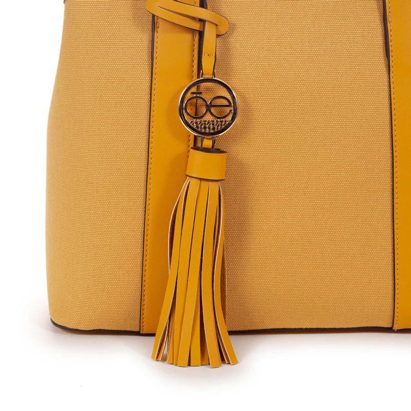 Bolsa-Satchel-con-Colgante-en-Color-Amarillo-|-Cloe