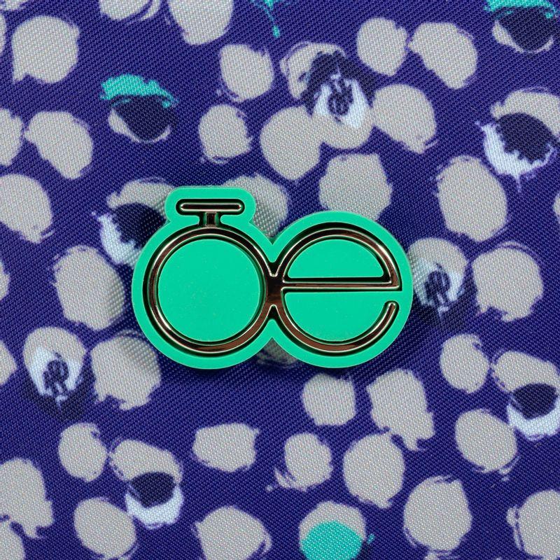 Neceser-con-Estampado-en-Color-Marino- -Cloe