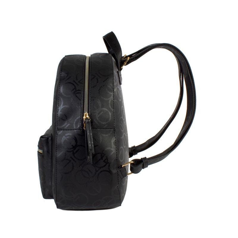 Mochila-grande-color-negro-en-Color-Negro-|-Cloe