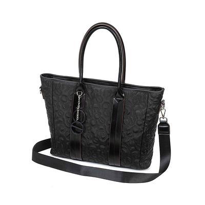 "Bolsa Porta Laptop 15"" Material Neopreno Apilable En Equipaje Color Negro"