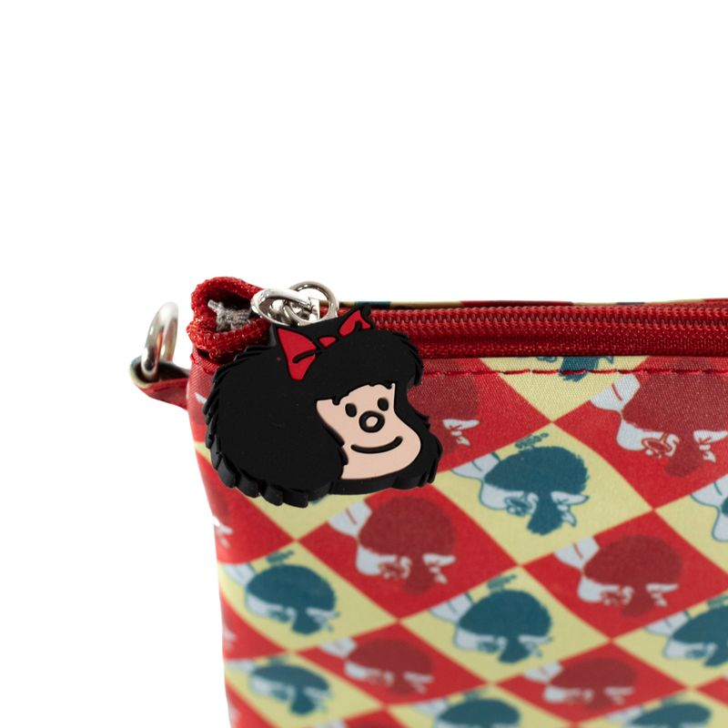 Cosmetiquera-2-en-1-Mafalda-x-Oe-Multicolor-en-Color-Multicolor-|-Cloe