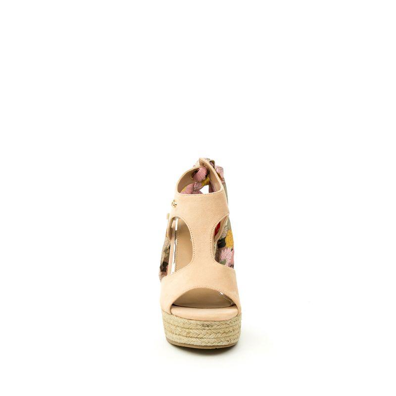 Sandalia-Plataforma-en-Suede-y-Moño-en-Talon-en-Color-Nude- -Cloe