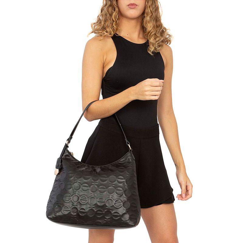 Bolsa-Hobo-Monograma-Troquelado-color-Negro-en-Color-Negro- -Cloe