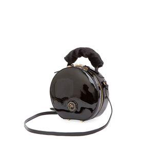 Bolsa Crossbody Charol Maneral de Faux Fur color Negro
